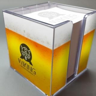 Plastikinė dežutė užrašų lapeliams su reklamine etikėte