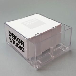 Plastikinė dežutė užrašų lapeliams